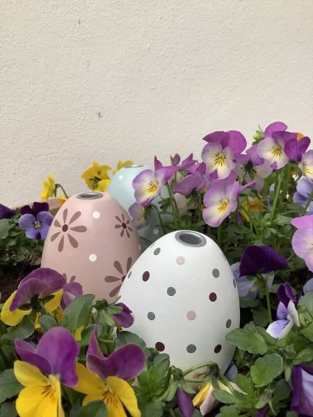 MADLEYS Eierkerzenhalter aus Holz (Rosa und Weiss)