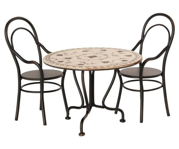 MAILEG Esszimmer-Set mit Tisch und zwei Stühlen